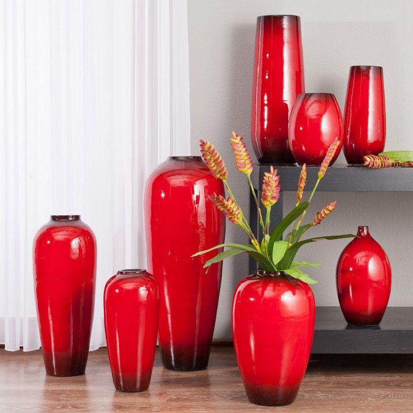 Mehr als nur Blumenstraußhalter: Einrichten mit Vasen