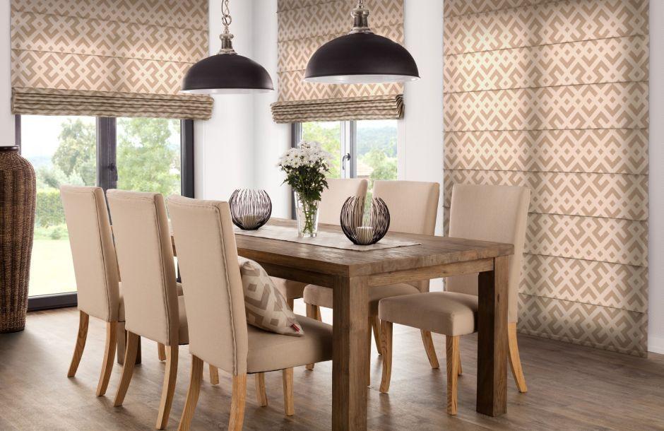 Mehr als nur praktisch: Raffrollos als dekorative Accessoires im Wohnbereich